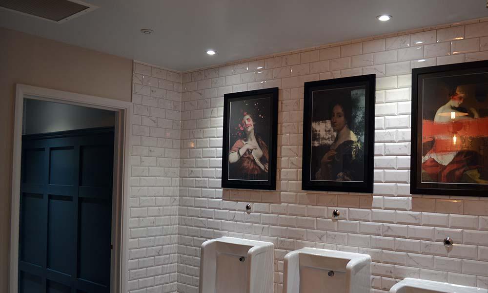 Hotel-Indigo-Bathrooms