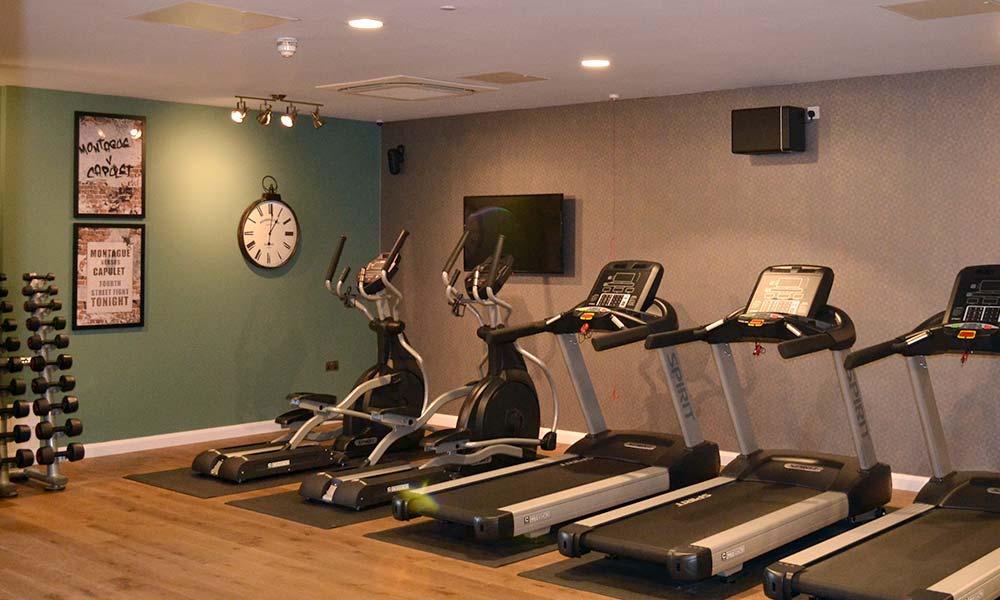 Hotel-Indigo-Gym-Lighting